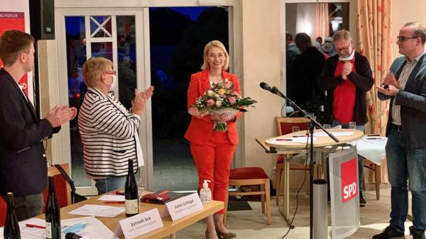 Gratulation für Peggy Schierenbeckt